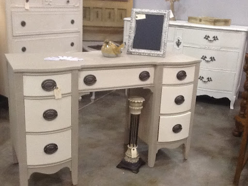 Cece caldwell chalk paint retailers fabulous cece for Cece caldwell kitchen cabinets
